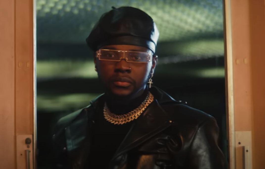 Official video: Kizz Daniel – Boys Are Bad
